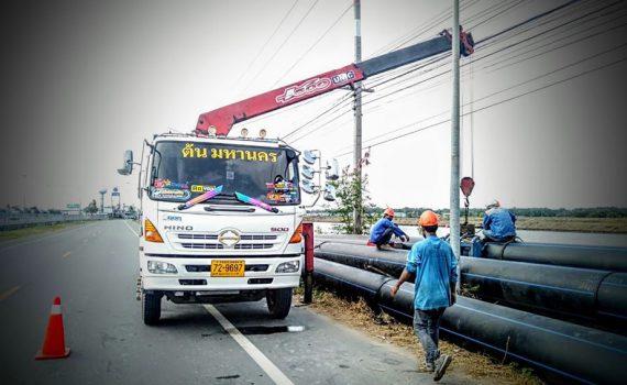 รถรับจ้าง-ชลบุรี บริการรถเฮี๊ยบ รถบรรทุกติดเครน 3 ตันถึง 10 ตัน มีทั้ง 6 ล้อและสิบล้อ (15)