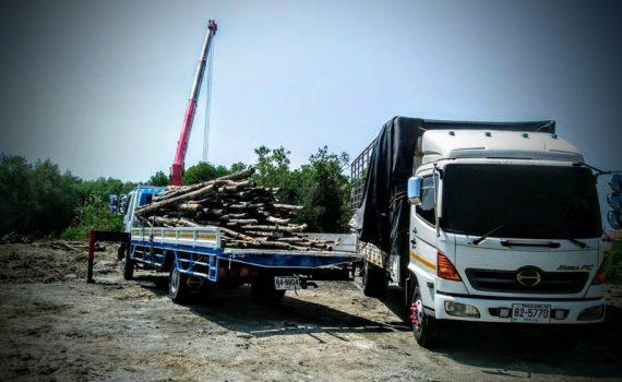 รถรับจ้าง-ชลบุรี บริการรถเฮี๊ยบ รถบรรทุกติดเครน 3 ตันถึง 10 ตัน มีทั้ง 6 ล้อและสิบล้อ (22)